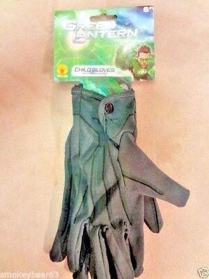 GREEN LANTERN  HALLOWEEN COSTUME Play Gloves   NWT](Green Lantern Gloves)