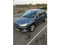 Peugeot 206 - side damage, perfect for learning in