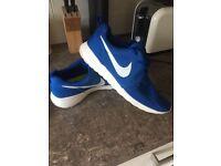 Men's Nike Roshe Run Trainers size 10