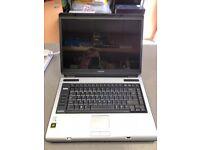 Toshiba Satellite Laptop, Intel Dual Core Centrino 64bit 2Ghz, Windows 10 ONLY £60