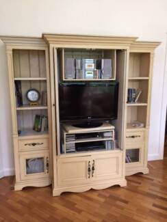 Media/shelf unit Lindfield Ku-ring-gai Area Preview