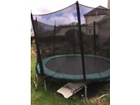 Large 8ft trampoline with safety netting