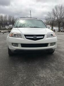 2004 ACURA MDX  AWD  FULL EQUPE 7 PASS.