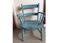Vintage Solid Wood Farmhouse Style Ladder Back Carver Chair