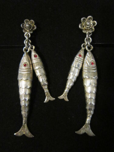Vintage Silver Hallmarked Filigree Screwback Articulated Flexible Fish Earrings