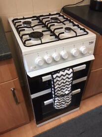 BEKO KDVG592W Gas Cooker with Full Width Gas Grill - White A+/A as new FURTHER REDUCED to sell!