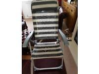 Set of 2 garden recliner chairs