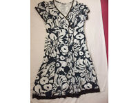 M & S dress size 16/18