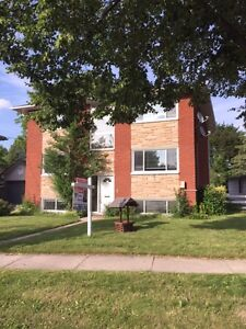 2-20 OLYMPIC DR-Three Bedroom in Fully Renovated Triplex