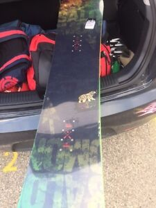 BRAND NEW Salomon Snowboard $300.00