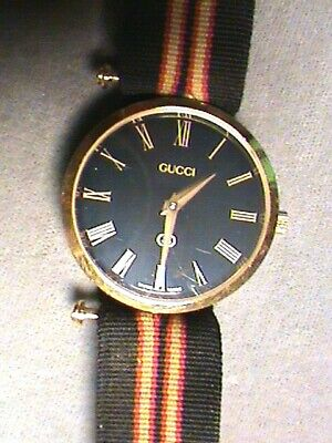 GUCCI Wrist Watch Ladies Vintage Retro Black Red and Gold Stripe Band Running