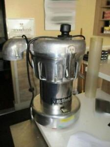 NUTRIFASTER N450 JUICE EXTRACTOR