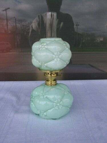 """""""QUILTED PHLOX"""" MINIATURE LAMP BY CONSOLIDATED OR NORTHWOOD UNUSUAL COLOR- GREEN"""