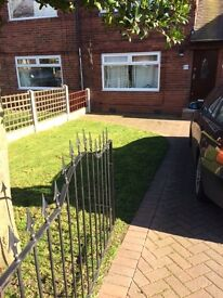 Modern 1 bed flat to rent, LS15