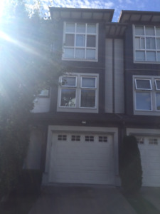 Spacious Clayton Heights 2 bedroom townhouse
