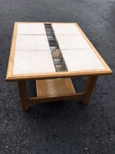 Coffee Table - Ceramic Tile - SOLID OAKThis is a unique, custo