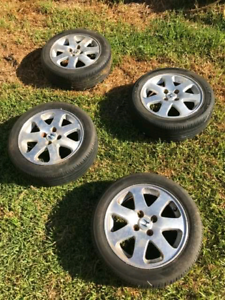 CIVIC EM1 WHEELS WITH TYRES