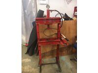 Sealey 10 Tonne Hydraulic Press