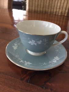 Six Royal Doulton Reflection pattern cups and saucers