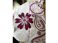 King size duvet cover & 2 x pillowcases (reversible)