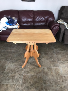 Antique Table in Excellent Condition