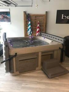 Only ONE Strong Spa Legend Plug and Play Hot Tub left!!!!