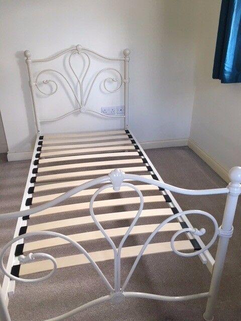 John Lewis Single Bed Frame in Daisy Design