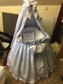 Baby blue cot/crib