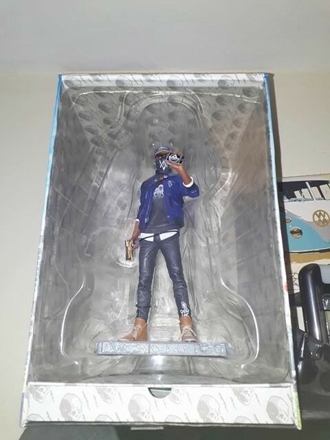 Watch dogs two figurine
