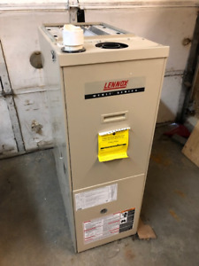 ***MINT CONDITION - USED 60K MID-EFF LENNOX FURNACE