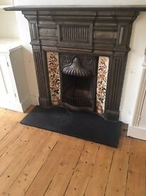 3-BED HOUSE MORTLAKE SW14 8QE £2400 pcm - No fees to tenants