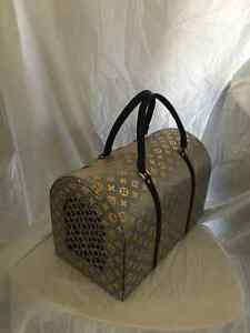 Louis Vuitton-Inspired Dog/Cat carrier by La Dosha West Island Greater Montréal image 8