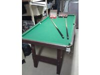 Free Standing 6ftx3ft (188cm x 97cm) Snooker Table complete with all balls and cues. Easily stored.