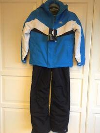 9-10 year old ski / snow set, jacket and sallopettes Trespass BNWT