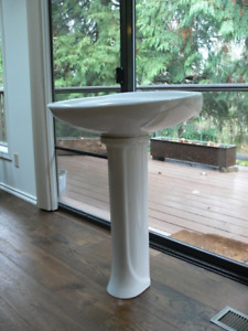 $100  Two beautiful Porcelain American Standard Pedestal Sinks