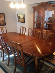Ethan Allen Dining Room Set - Price Reduced Again Must Sell
