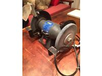 nu tool bench grinder 6'' wheels good condition