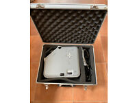 HP DLP Digital Projector and Case