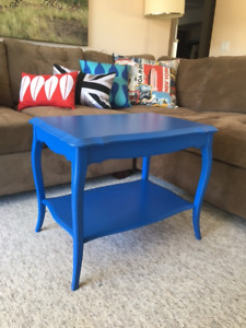 vintage coffee table / side table