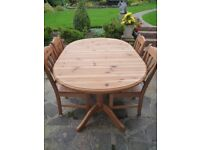 Pine Extending Dining Table & 4 Chairs
