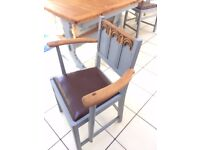 lovely compact Ercol table and 6 chairs (2 carvers and 4 dining chairs all with carved backs)