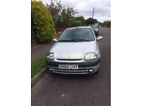 2 door Hatchback Clio for sale ideal first car or runaround MOT til March 2018