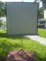 "SINGER PIONEER LENTICULAR PROJECTION SCREEN 40 ""  x  40 """