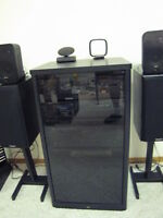 STEREO EQUIPMENT STAND