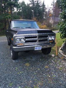 REDUCED - 1970 GMC 1500 4x4 long box