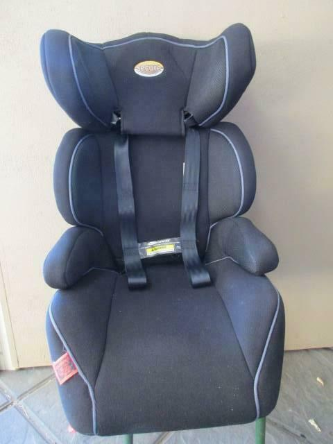 Baby Toddler Car Seat Complete With Harness And Mounting