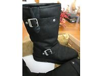 Ugg boots, size 5, As new