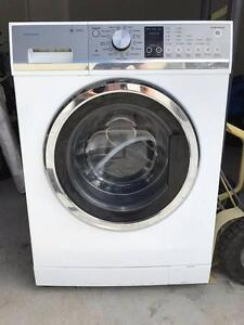 *** FISHER & PAYKEL FRONTLOADER WASHSMART 8.5KG*** Bundall Gold Coast City Preview