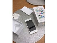 Apple Iphone 5S - Perfect - Excellent condition - Boxed