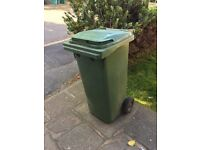 Green garden bin 96cm high, 48cm wide